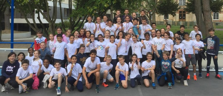 rencontre jeune gay athletes à Sainte Marie