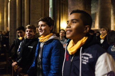 2. Notre Dame arrivee et celebration (22)