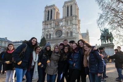 2. Notre Dame arrivee et celebration (30)