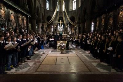 2. Notre Dame arrivee et celebration (31)