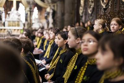 2. Notre Dame arrivee et celebration (32)