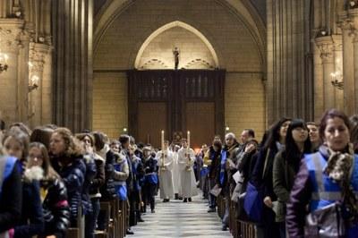 2. Notre Dame arrivee et celebration (46)