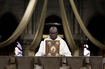 2. Notre Dame arrivee et celebration (47)