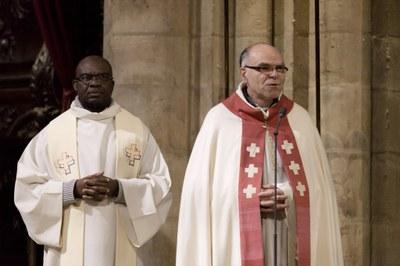 2. Notre Dame arrivee et celebration (49)
