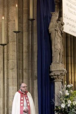 2. Notre Dame arrivee et celebration (51)
