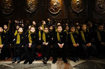 2. Notre Dame arrivee et celebration (7)